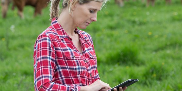 Take part in farm managers' survey to shape the future